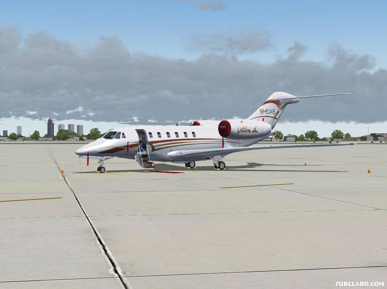 Citation X resting at KMIA - Photo 15628