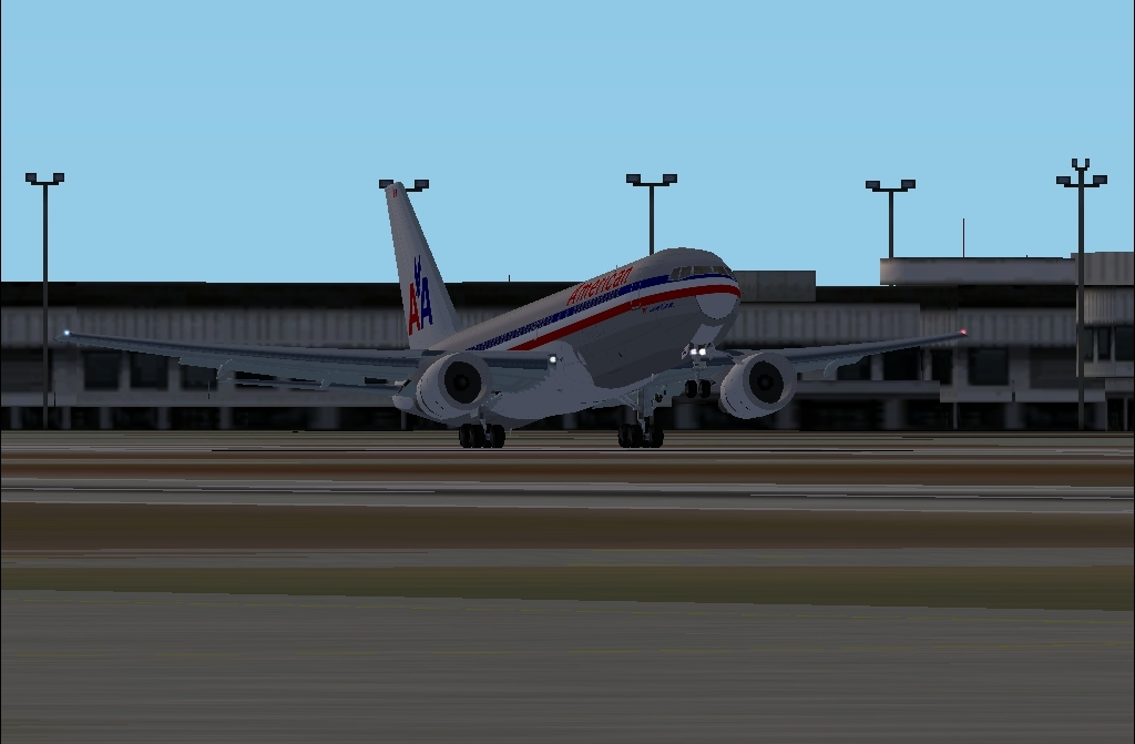 American Airlines Flight 11 takes off from LAX heading to Detroit, then over to Bangor Maine!!! - Photo 16727