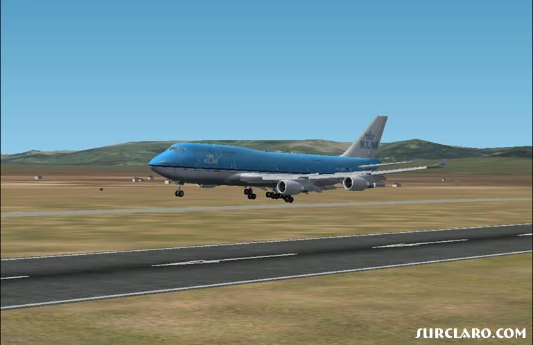 KLM 747-400 about to touchdown in Madrid - Photo 16319