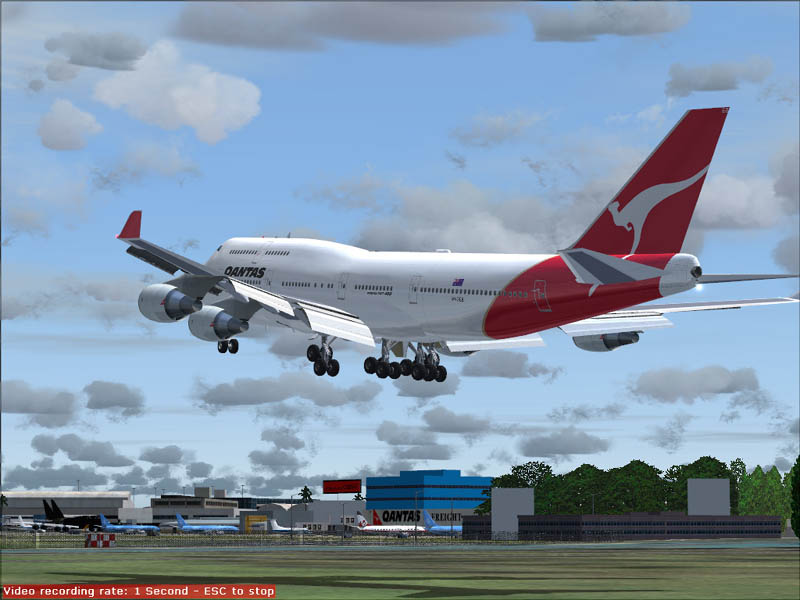 FS2004 My 747 Qantas Is Cleared To Land At Sydney's