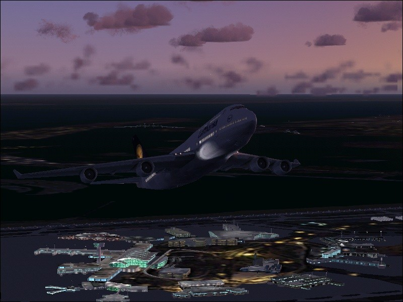 Lufthansa 747-400 take off from Kennedy Intl - Photo 3563