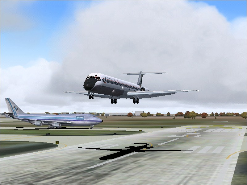 Just moments from touchdown with Global Freight 747-400 holding position (I was very proud of the nice soft landing I managed :) - Photo 3717