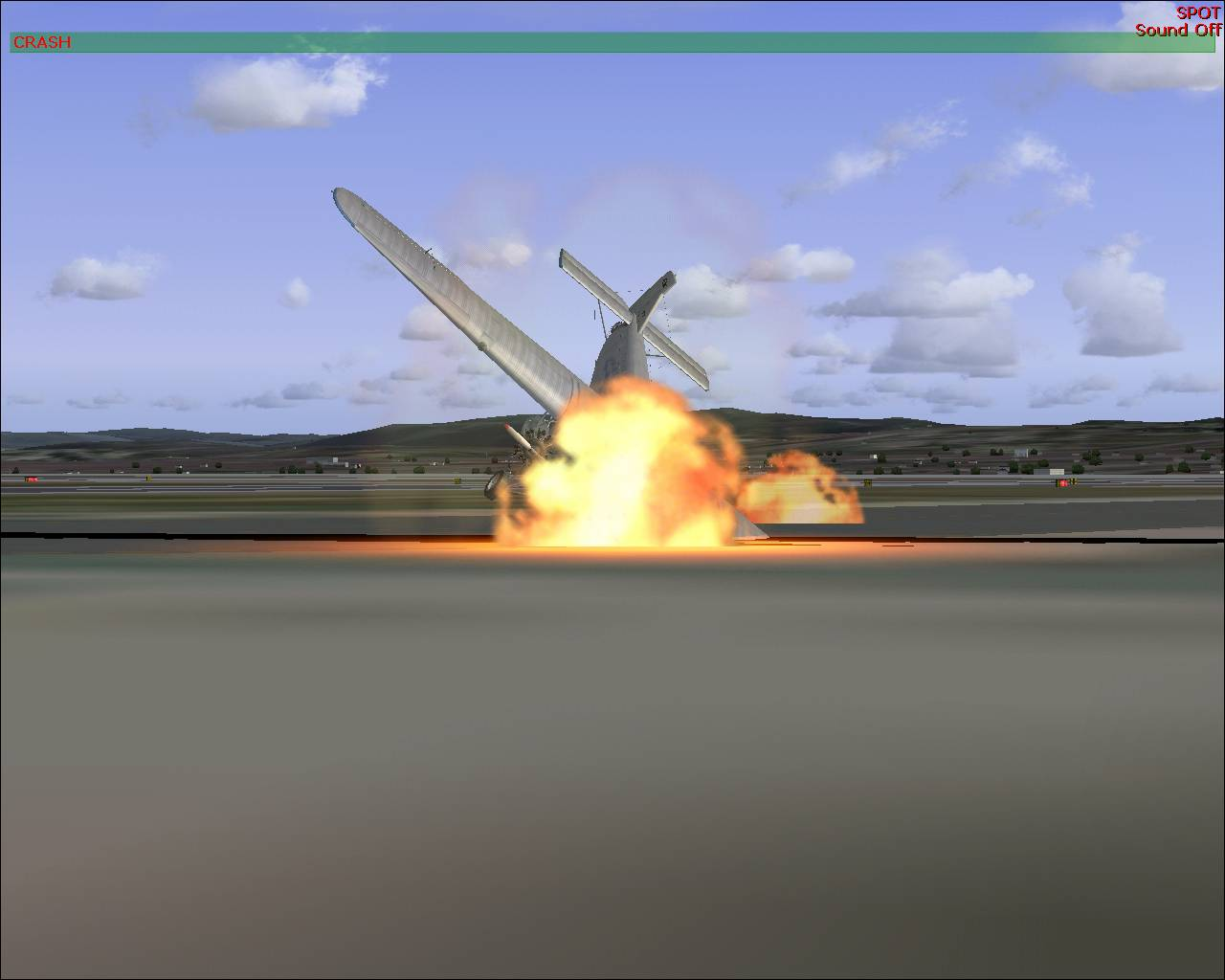 first time i crashed in fs2004 and what a crashed it was i just take off and bang, i am not realy use to small crafts - Photo 3498