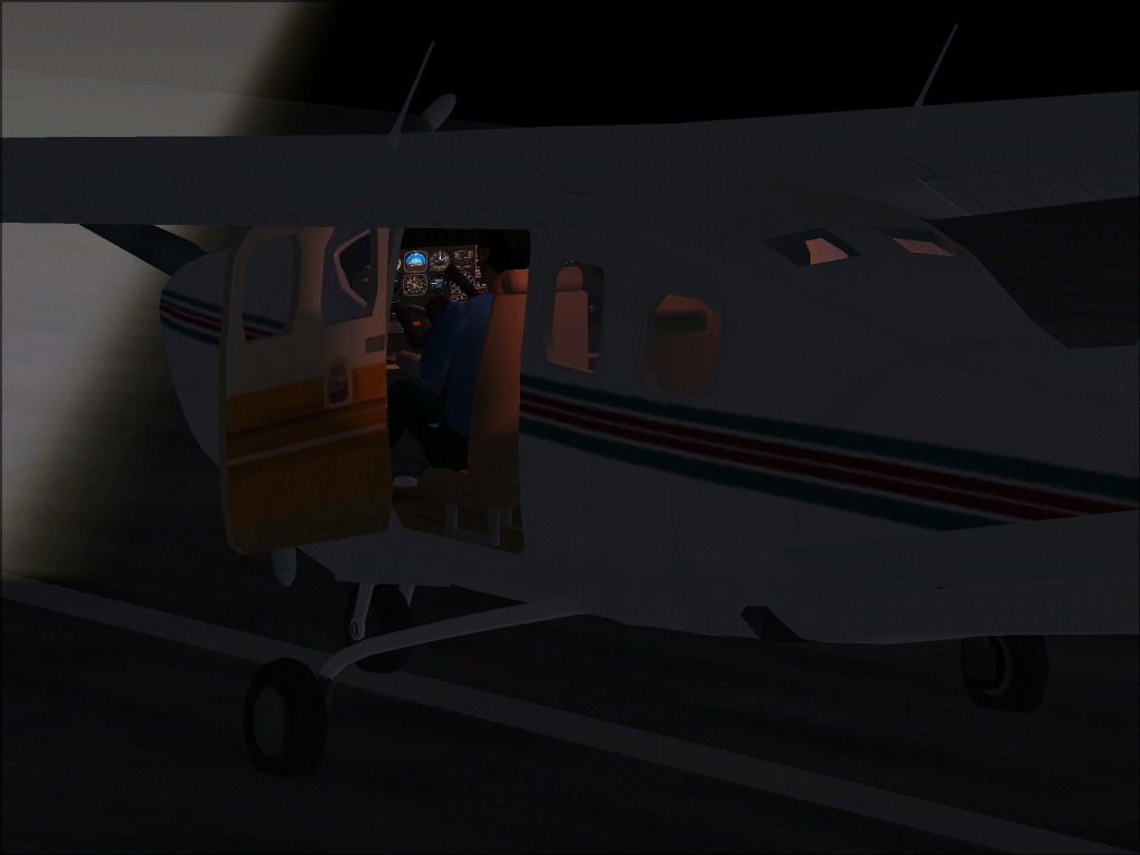 P210n Stopped open door, preflight night check - Photo 3759