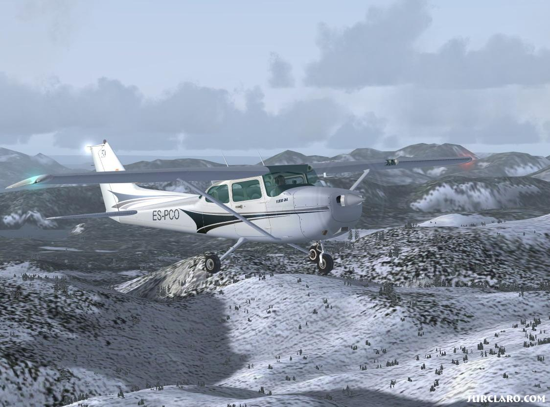 Yet another shot of Cessna 172 Skyhawk over the Misty Fjords of Canada. - Photo 11082