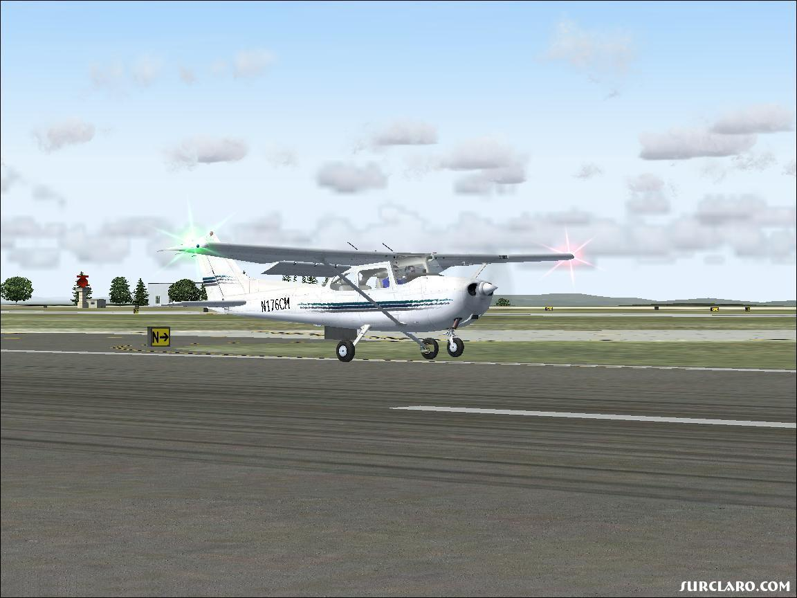 A Cessna 172 just about ready to settle down. - Photo 11190