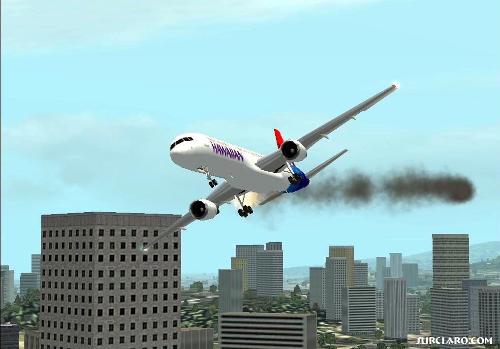 A second before crashed at building arround Honolulu Intl..I tried to hang on but this 757hawaiian loss right engine and bank to the right!!...BOOM.. - Photo 550