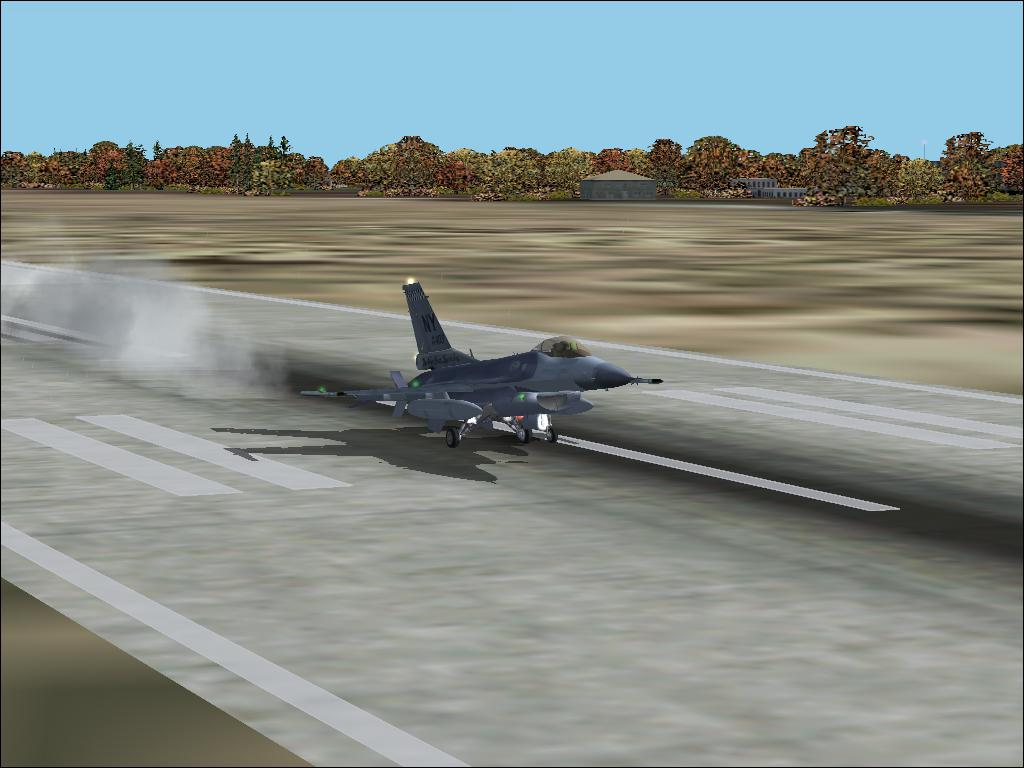 Landing an F-16C Fighting Falcon at Seymore Johnson AFB in Goldsboro, NC. - Photo 1723
