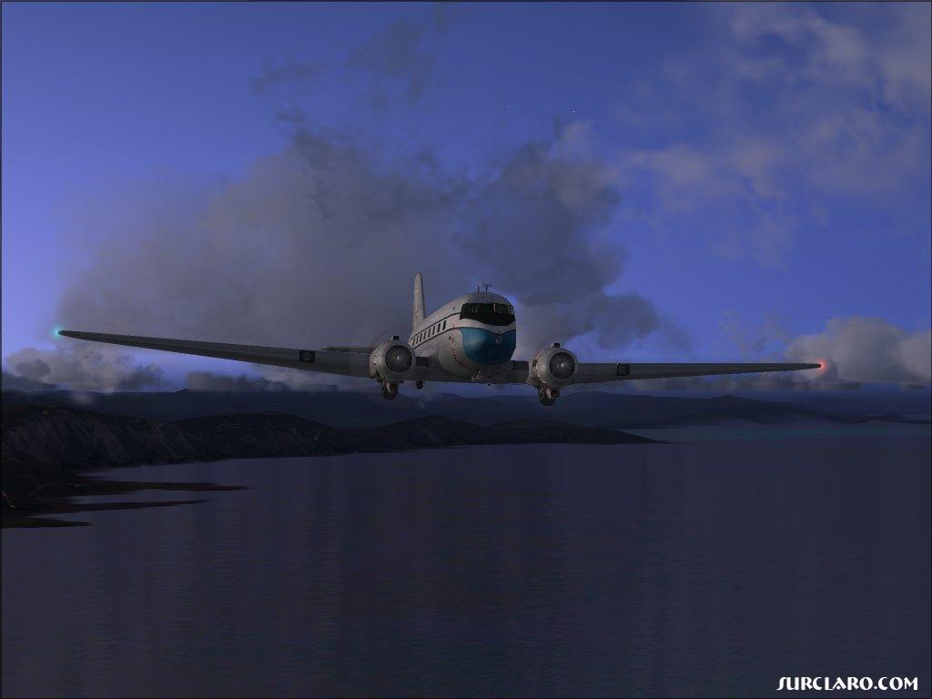 Douglas DC-3 over water.fs2004 - Photo 3432