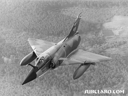 Venezuelan Mirage 50EV, this photo can be found in full color in the front of the Janes Fighters Pocket Guide - Photo 907