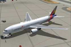 FS2004 Asiana Airlines Boeing 777-200 image 2