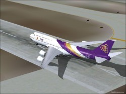Boeing 747-8 Thai Airways image 2